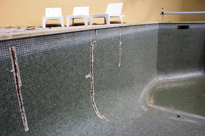 How to detect leaks in your swimming pool blogdrop - How to detect swimming pool leaks ...